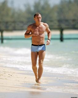 Bond na praia